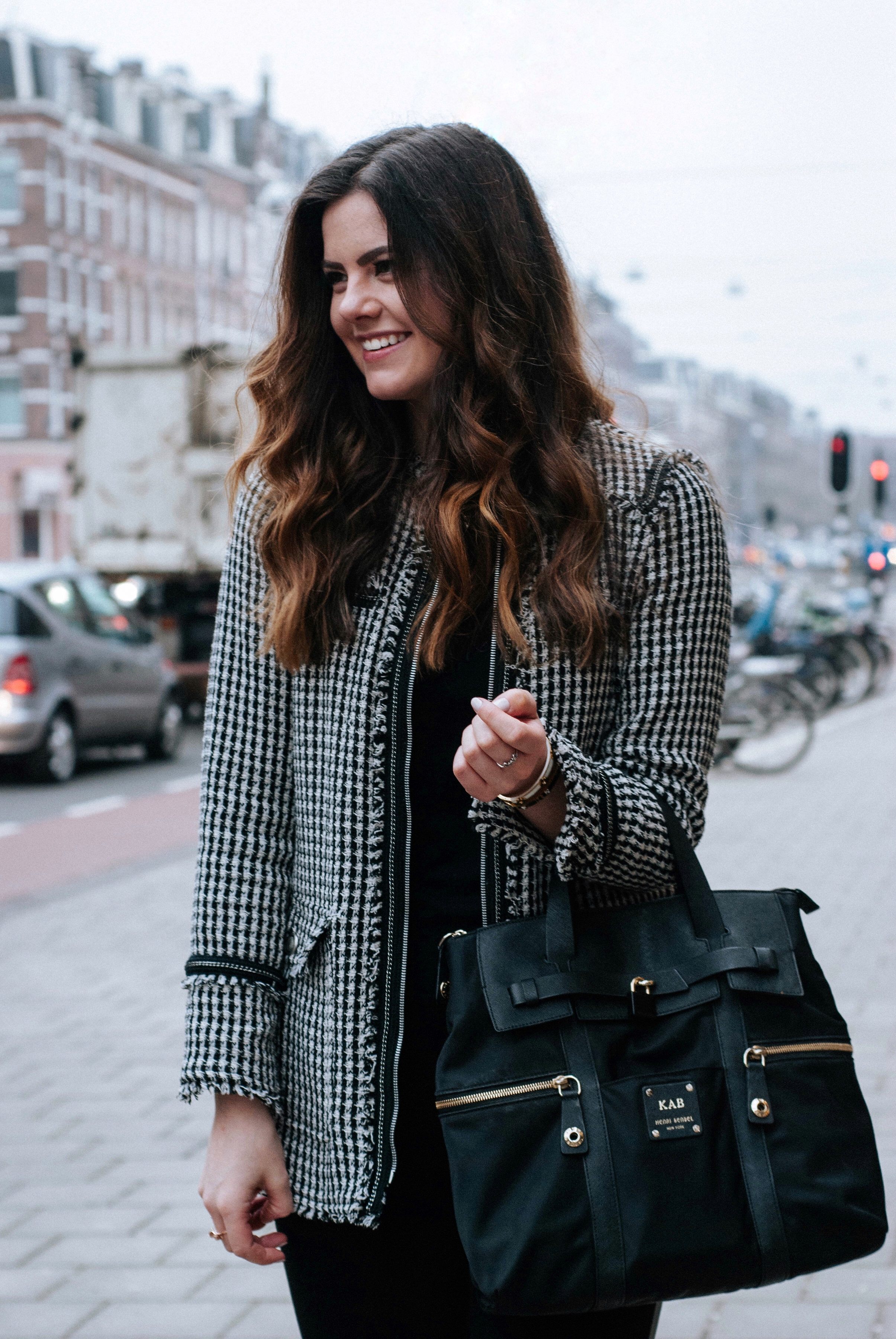 Interviews On Creative Living Interior: How To Dress For A Creative Job Interview